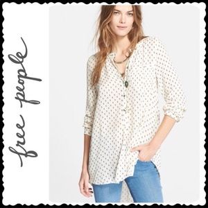 Free People Ivory Printed V-Neck Boyfriend Shirt L